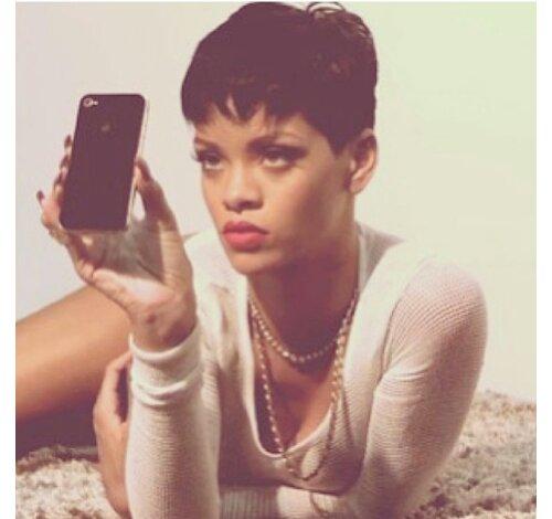 Rihanna Short Hair 2013